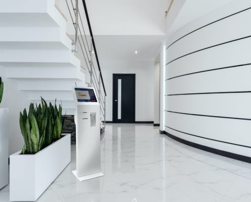 faytech kiosk solution at a lobby